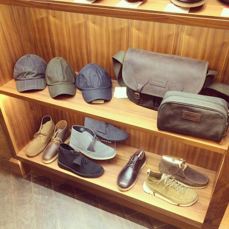 Stocking Filler Options at English Brands – Hats, Bags & Casual Shoes