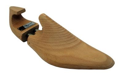 Gaziano & Girling Shoe Trees in Cedar Wood